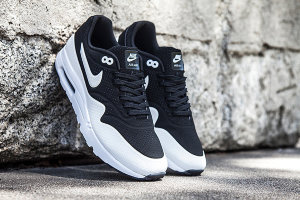 Кроссовки Nike Air Max 1 Ultra Moire CH